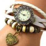 นาฬิกาข้อมือผู้หญิง นาฬิกา สายหนังถัก แบบสร้อยข้อมือ ห้อยจี้รูปหัวใจ สีขาว หน้าปัดแกะลาย สไตล์วินเทจ ของขวัญ ให้แฟน น่ารัก 970434_4