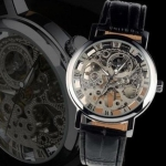 นาฬิกาโชว์กลไก นาฬิกาข้อมือเปลือย นาฬิกาข้อมือผู้ชาย แบบไขลาน ไม่ต้องใส่ถ่าน หน้าปัดเงิน สายหนังสีดำ สินค้านำเข้า ราคาพิเศษ no 81356