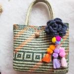 กระเป๋ากระจูดสาน ประดับดอกไม้สีน้ำเงินและปอมปอม ขนาด 11*10*4*16 นิ้ว basket weave bags