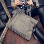 กระเป๋าถือผู้หญิง กระเป๋าถือ แบบ มีสายสะพาย ถอดเก็บได้ กระเป๋าหนัง pu โชว์ลายหนัง กระเป๋า ดีไซน์ ปักหมุด สุดหรู ใบใหญ่ ใส่ของได้เยอะ 308989