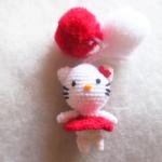 ที่ห้อยกระเป๋า พวงกุญแจตุ๊กตาคิตตี้ ปอมปอม dolls pom pom amigurumi crochet keychain