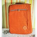 กระเป๋าสะพายข้างใส่ โน๊ตบุ๊ค kipling สีส้มสด no2