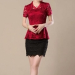 เสื้อผ้าลูกไม้ แขนสั้น สีแดง มีระบายที่คอ เสื้อออกงาน หรู ๆ เสื้อเชิ้ต แบบไทย ๆ ใส่ออกงาน ไทย งานบุญ งานบวช งานแต่งงาน สไตล์ คุณนาย 483974_1
