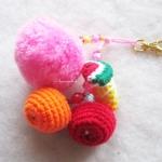 พวงกุญแจผลไม้ห้อยปอมปอม pompom crochet keychain