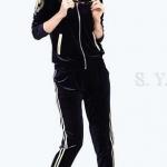 ชุดออกกำลังกาย ผู้หญิง ชุดเล่นกีฬา ใส่วิ่ง เข้าฟิตเนส เสื้อแจ็คเก็ต แขนยาว แบบมีฮู้ด สวยหรู ไฮโซ สีน้ำเงิน กรมท่า ชุดวอร์ม ไฮโซ เก๋ ๆ 619391_1