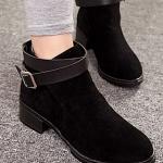 รองเท้าหุ้มส้น ผู้หญิง หน้าปิด มีส้นเล็กน้อย ดีไซน์ ตกแต่ง เข็มขัดที่ข้อเท้า ด้านหน้าเรียบหรู คลาสสิค บูท นิดๆ รองเท้าผู้หญิง เท่ ๆ สีดำ 502089