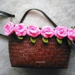 กระเป๋ากระจูดสาน ประดับดอกไม้ ขนาด ขนาด 6*9 นิ้ว basket weave bags