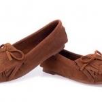 รองเท้าผู้หญิงหุ้มส้น ส้นแบน สำหรับใส่ทำงาน หรือ ใส่เที่ยว ตกแต่งเชือกผูกเป็นโบว์ด้านหน้า สีพื้น เย็บจับจีบ พื้นยาง สีน้ำตาล 971648_2