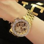 นาฬิกาข้อมือ ผู้หญิง ใส่ทำงาน นาฬิกาข้อมือ เรือนทอง หน้าปัด ฝังเพชร CZ AAA สวยหรู นาฬิกาสายสีทอง ใส่ออกงานหรู 702770