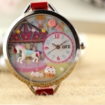 นาฬิกาข้อมือผู้หญิง สายหนัง สีแดง นาฬิกา diy แต่งดิสเพลย์ ด้านใน จำลอง สวนสนุก ม้าหมุน เค้กหวาน ๆ นาฬิกาข้อมือแฟชั่น น่ารัก ราคาถูก 983946