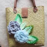 กระเป๋ากระจูดสาน ประดับดอกไม้ ขนาด 12*4*18 นิ้ว basket weave bags