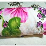 ผ้าห่มสำลี เนื้อนุ่ม สีครีมดอกไม้ ชมพู 5 ฟุต