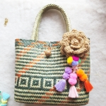 กระเป๋ากระจูดสาน ประดับดอกไม้สีกาแฟและปอมปอม ขนาด 11*10*4*16 นิ้ว basket weave bags