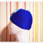 หมวกว่ายน้ำ แฟชั่น สีน้ำเงิน ลายดอกไม้ฟ้า เพ้นท์ ตรงกลาง no sc010