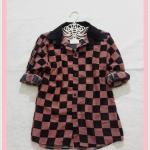 **สินค้าหมด blouse2066 เสื้อเชิ้ตแฟชั่น คอปก แขนยาว กระดุมหน้า ผ้าชีฟองลายตารางหมากรุกสีน้ำตาลดำ