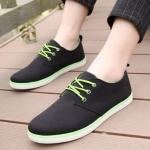 รองเท้าผ้าใบ ผู้ชาย รองเท้าใส่เที่ยว รองเท้าหุ้มส้น ผ้าแคนวาส หรือ ผ้ายีนส์ สีดำ เชือก สีเขียว ตัดกันได้อย่างลงตัว รองเท้าแบบ sport ใส่เที่ยว 594653