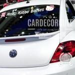 HELLO KITTY - สติ๊กเกอร์ติดคาดกระจกหน้ารถยนต์ หรือท้ารยรถยนต์ ลายคิตตี้