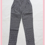 **สินค้าหมด bottom329 กางเกงแฟชั่นขายาว ผ้ายีนส์ยืด กระเป๋าข้าง เอวยางยืด ลายตารางสีขาวดำ