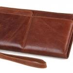 กระเป๋าสตางค์ผู้ชาย กระเป๋าสตางค์ หนังแท้ สีน้ำตาล หนังนิ่ม แบบซิป สามารถใส่ โทรศัพท์ ด้านในได้ มีช่องใส่ บัตรเพิ่ม 2 ชิ้น ถอดแยกได้ สวยหรู 125013
