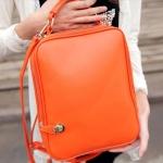กระเป๋าสะพายหลัง ทรงสี่เหลี่ยม นำเข้าญี่ปุ่น สีพื้น สีส้ม preb10010