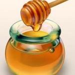 """มารู้จักประโยชน์ของ """"น้ำผึ้ง"""" กันเถอะค่ะ"""