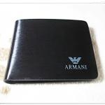 กระเป๋าสตางค์ผู้ชายใบสั้น Armani สีดำ ลายไม้เรียบหรู ar10316