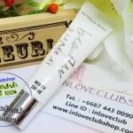 Victoria's Secret / Secret Beauty Rush Shiny Kiss Flavored Gloss 13 g. (Minty)