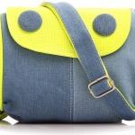 กระเป๋าสะพายข้างผู้หญิง ผ้า canvas กระเป๋าผ้ายีนส์ สวย ๆ สียีนส์ ตัดกับสีเขียว มะนาว และ สีเบจ กระเป๋าสะพายเฉียง เก๋ ๆ ดีไซน์ เป็นกระดุมใหญ่ 2 เม็ด 988767