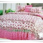 6 ฟุต 3 ชิ้น ชุดเครื่องนอน ผ้าปูที่นอน ลายดอกกุหลาบ สีชมพู หวาน ๆ B105