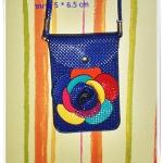 กระเป๋าใส่โทรศัพท์ มือถือ เศษสตางค์ สีน้ำเงิน หนัง pu กันน้ำ ติดดอกไม้ด้านหน้า มีช่องใส่ 2 ช่อง หมดปัญหาเรื่องการลืมโทรศัพท์ te007