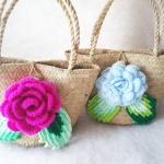 กระเป๋ากระจูดสาน ประดับกุหลาบสีบานเย็น ขนาด 7*7 นิ้ว basket weave bags