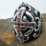 แหวนผู้ชาย ผู้หญิง ใส่ได้ แหวนสไตล์ ร็อคเกอร์ ไม้กางเขน ติดเพชร Cz สีแดง แหวนแวมไพร์ สวย ๆ เท่ ๆ ใส่ได้ทุกโอกาส แหวนแนว ร็อค วินเทจ สุดๆ 431020