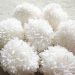 ปอมปอมไหมพรมสีขาว ขนาด 2 นิ้ว pompoms crochet