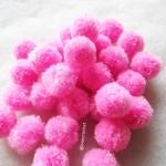 ปอมปอมไหมพรม ขนาด 2.5-3 ซม pom poms crochet