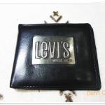 กระเป๋าสตางค์ levis สีดำป้ายเหล็กสีเงิน Le005