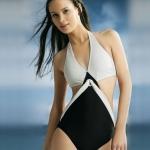 ชุดว่ายน้ำวันพีช สไตล์ แฟชั่น สาวยุโรป สาวลูกครึ่ง สวย เปรี้ยว โทนสี ขาว ดำ กางเกง ทรง วีคัท ช่วยให้ขาดูยาว สวย ชุดว่ายน้ำ แบบเซ็กซี่ 3087441
