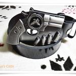 เข็มขัดหนังแท้ พร้อมหัวเข็มขัดรูปปืนสีเงิน B310