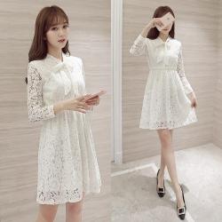 Dress4140 ชุดเดรสทรงสวยผ้าลูกไม้สีพื้นขาว แขนยาวกระดุมข้อมือ ผูกโบว์คอ เอวสม็อคยางยืด ผ้าลูกไม้คอตตอนเนื้อดีหนาสวยเนื้อนุ่มใส่สบาย งานตัดเย็บอย่างดี มีซับในทั้งชุด งานสวยเรียบหรูดูแพง ใส่ทำงาน/ใส่ออกงานได้หลายโอกาส