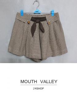 กางเกงขาสั้นสีน้ำตาลลายชิโนริ MOUTH VALLEY