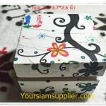 กล่องไม้ใส่ของขนาดเล็ก ลายวินเทจ ขนาด 3.7*3.7*2.6 นิ้ว