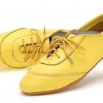 รองเท้าหุ้มส้น ผู้หญิง รองเท้าหนังแท้ ใส่ทำงาน ใส่เที่ยว ก็เท่ได้ ดีไซน์ เชือกผูกด้านหน้า พื้นยาง อย่างดี สินค้าลดราคาพิเศษ สีเหลือง 302114_5