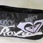 กระเป๋าสะพายผ้า ยี่ห้อ Roxy ของแท้ ซื้อมาจากช๊อปที่ ออสเตรเลีย ค่ะ