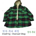 เสื้อกันหนาวลายสก๊อต สีเขียว