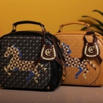 กระเป๋าถือผู้หญิง ขนาดกลาง กระเป๋าแฟชั่น หนังมัน หนัง Pu ลายม้า กระเป๋าถือแฟชั่น ยุโรป สีดำ และ สีน้ำตาล กระเป๋าใส่ของจุกจิก 990369