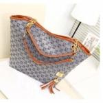กระเป๋าถือผู้หญิง ใบใหญ่ ใส่นิตรสารได้ ปากกว้าง กระเป๋าถือใส่ของ กระจุก กระจิก ผ้าแคนวาส ผสม หนัง สีเทา ลายโซ่ 200741_4