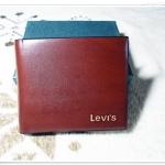 กระเป๋าสตางค์ Levis ลายไม้ สีน้ำตาล Le10311