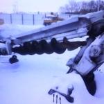 เฮี๊ยบเครนเจาะสว่านติดหลังรถบรรทุก