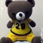 ตุ๊กตาหมีสวมชุดอเมริกันฟุตบอล ถักไหมพรม