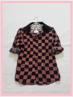 blouse2066 เสื้อเชิ้ตแฟชั่น คอปก แขนยาว กระดุมหน้า ผ้าชีฟองลายตารางหมากรุกสีน้ำตาลดำ