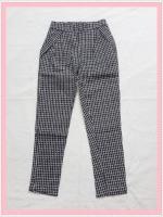 bottom329 กางเกงแฟชั่นขายาว ผ้ายีนส์ยืด กระเป๋าข้าง เอวยางยืด ลายตารางสีขาวดำ